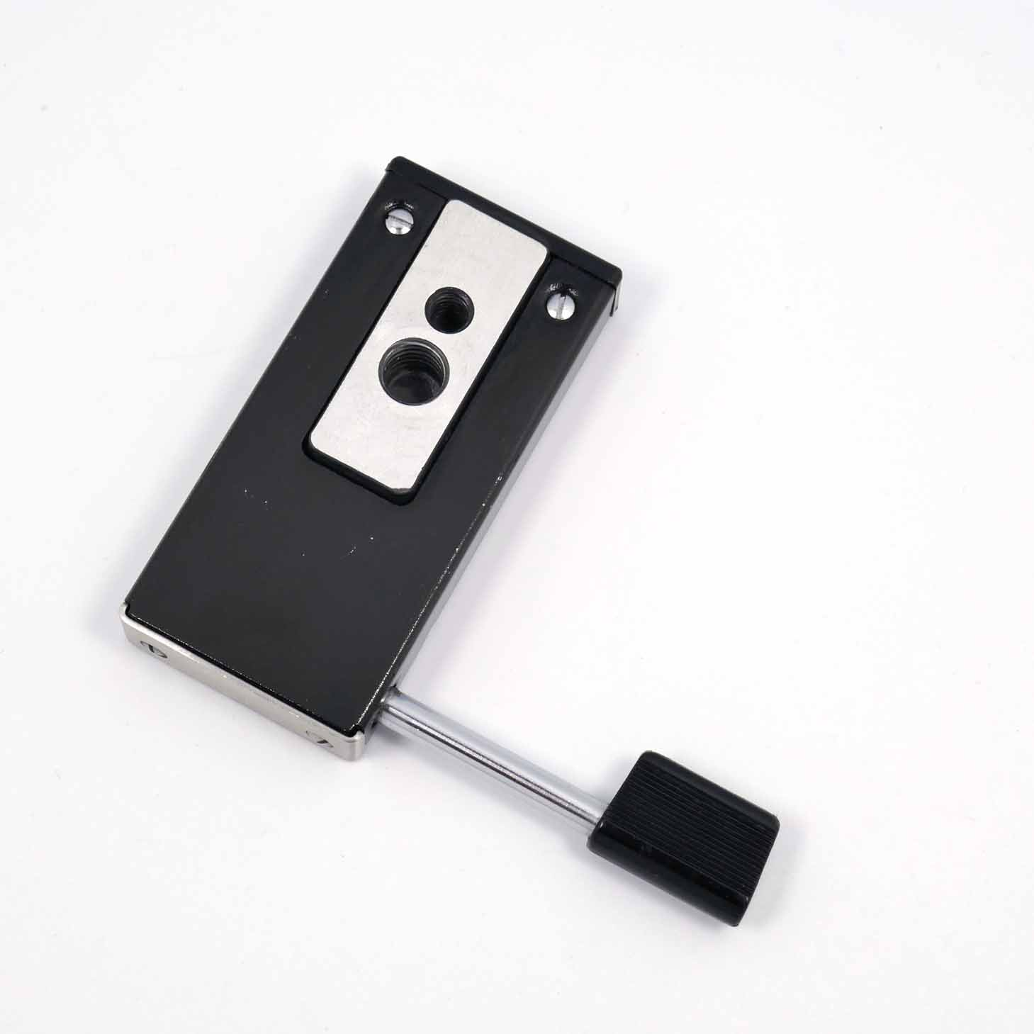 clean-cameras-Hasselblad-Schnellkupplung-45004---02