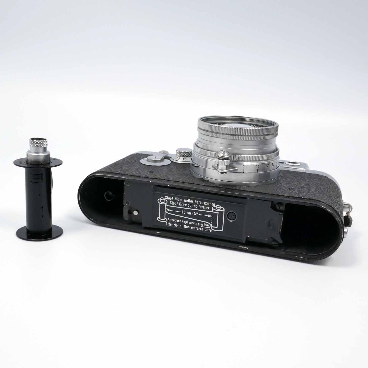 clean-cameras-Leica-IIIg+Summicron-2.0-5cm16