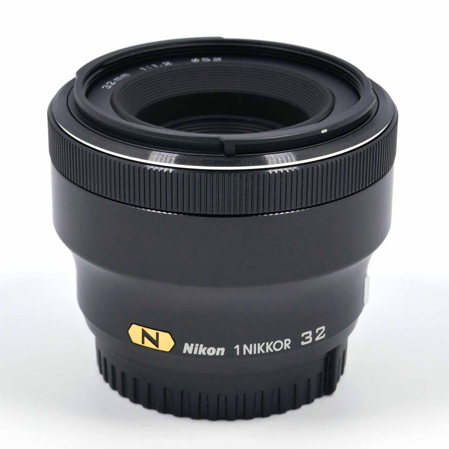 clean-cameras-Nikon-1-32mm_1.2-01