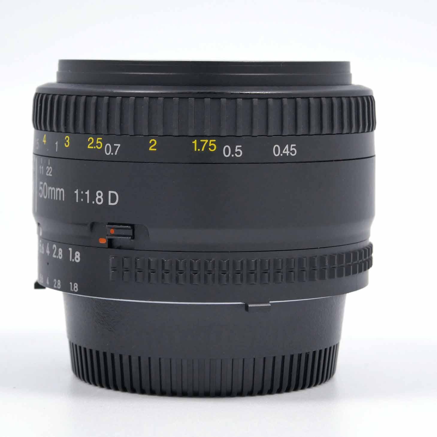 clean-cameras-Nikon-AF-50mm-1.8-D-06
