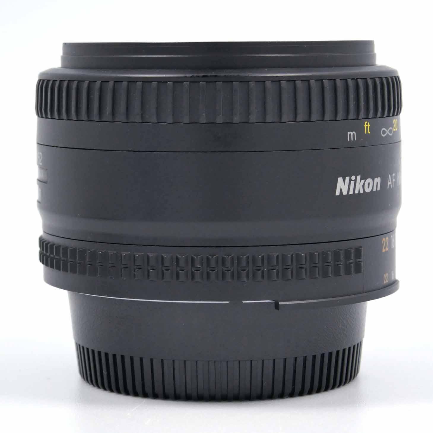 clean-cameras-Nikon-AF-50mm-1.8-D-08