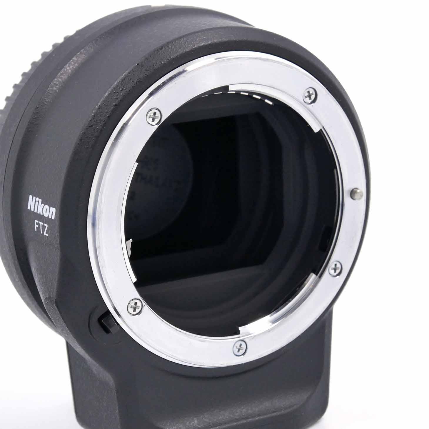 clean-cameras-Nikon-Z6-Kit-24-70-FTZ-08