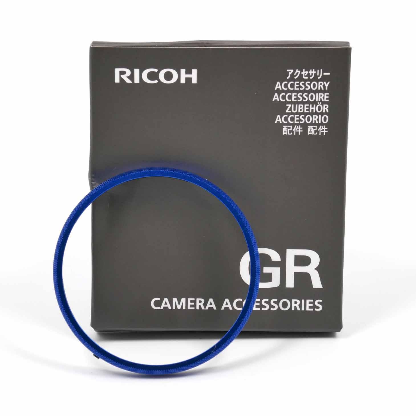 clean-cameras-Ricoh-Ring-Cap-blue-0037824-02