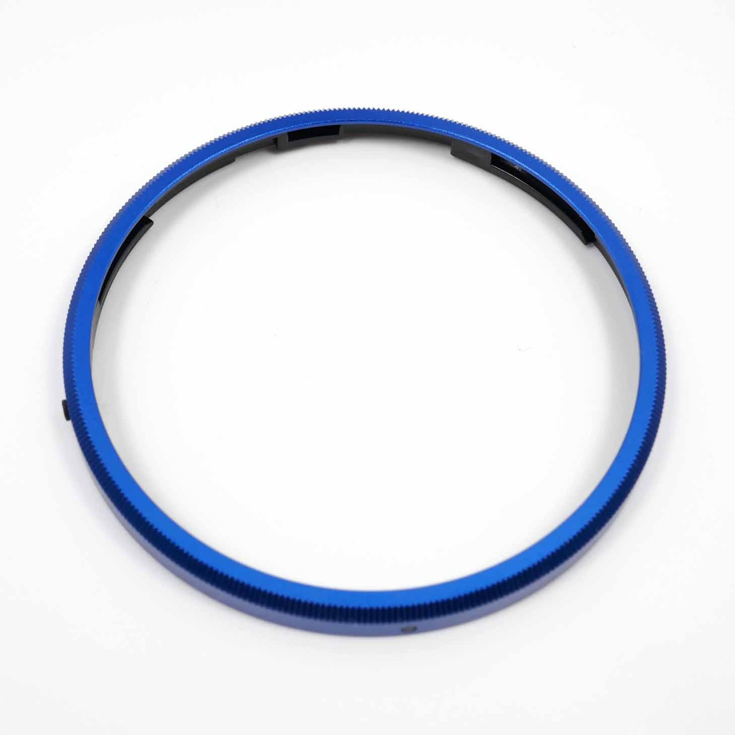 clean-cameras-Ricoh-Ring-Cap-blue-0037824-03