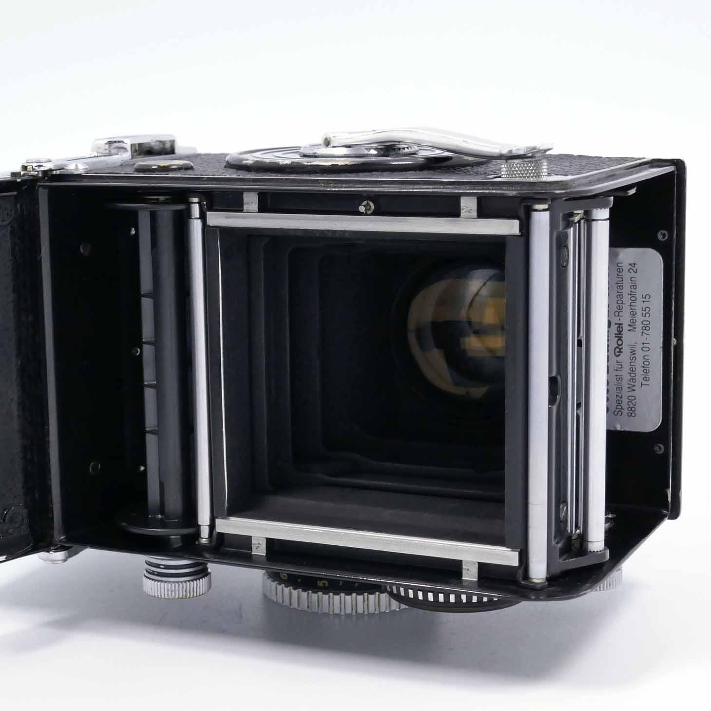 clean-cameras-Rolleiflex-2.8-F04