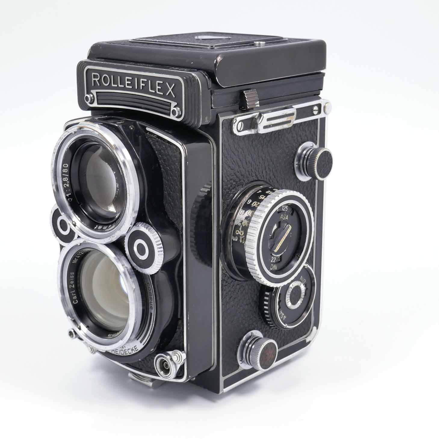 clean-cameras-Rolleiflex-2.8-F11