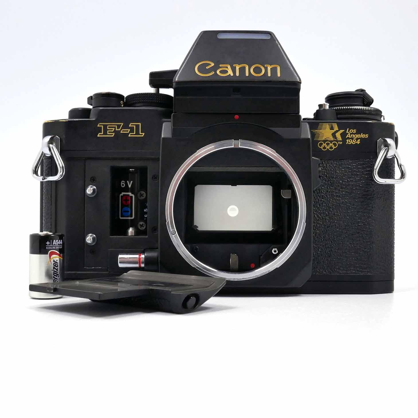 clean-cameras-Canon-F-1-Los-Angeles-01