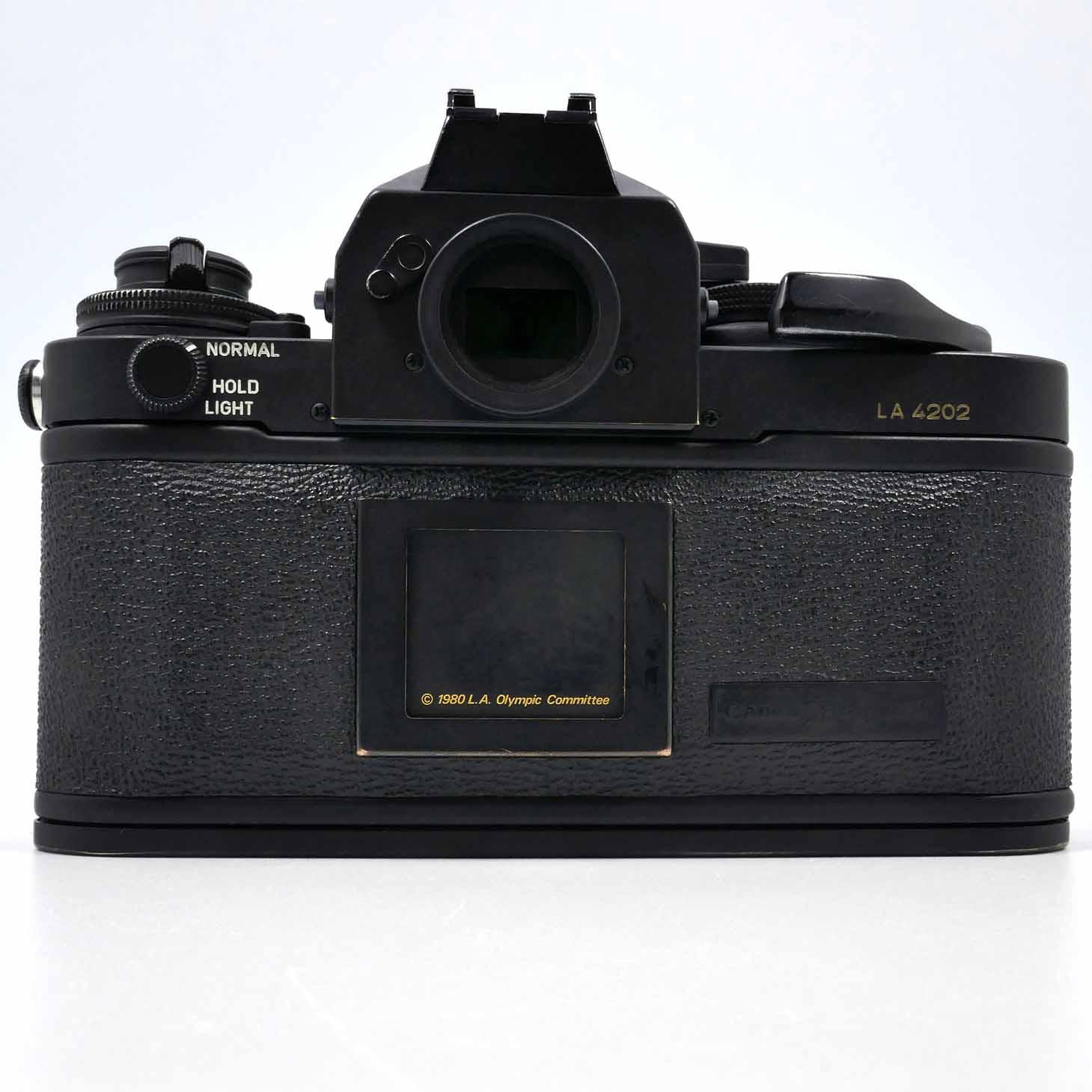clean-cameras-Canon-F-1-Los-Angeles-06