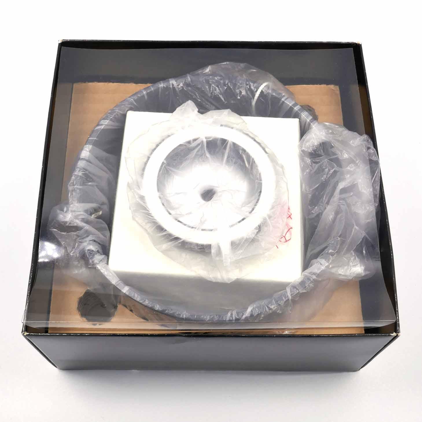 clean-cameras-Hasselblad-Mirror-Unit-40185-02