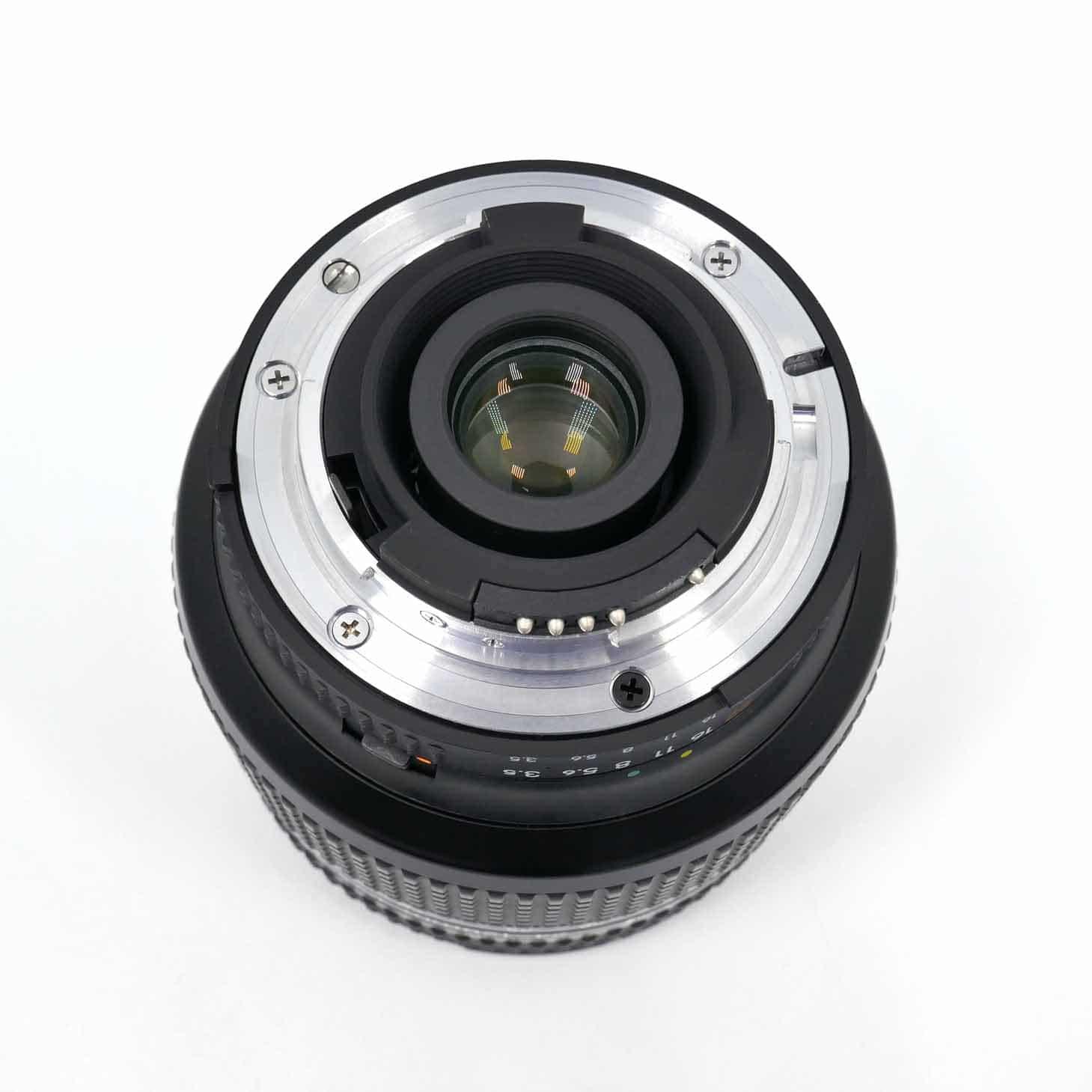 clean-cameras-Nikon-AF-24-120-3.5_5.6-IF-02