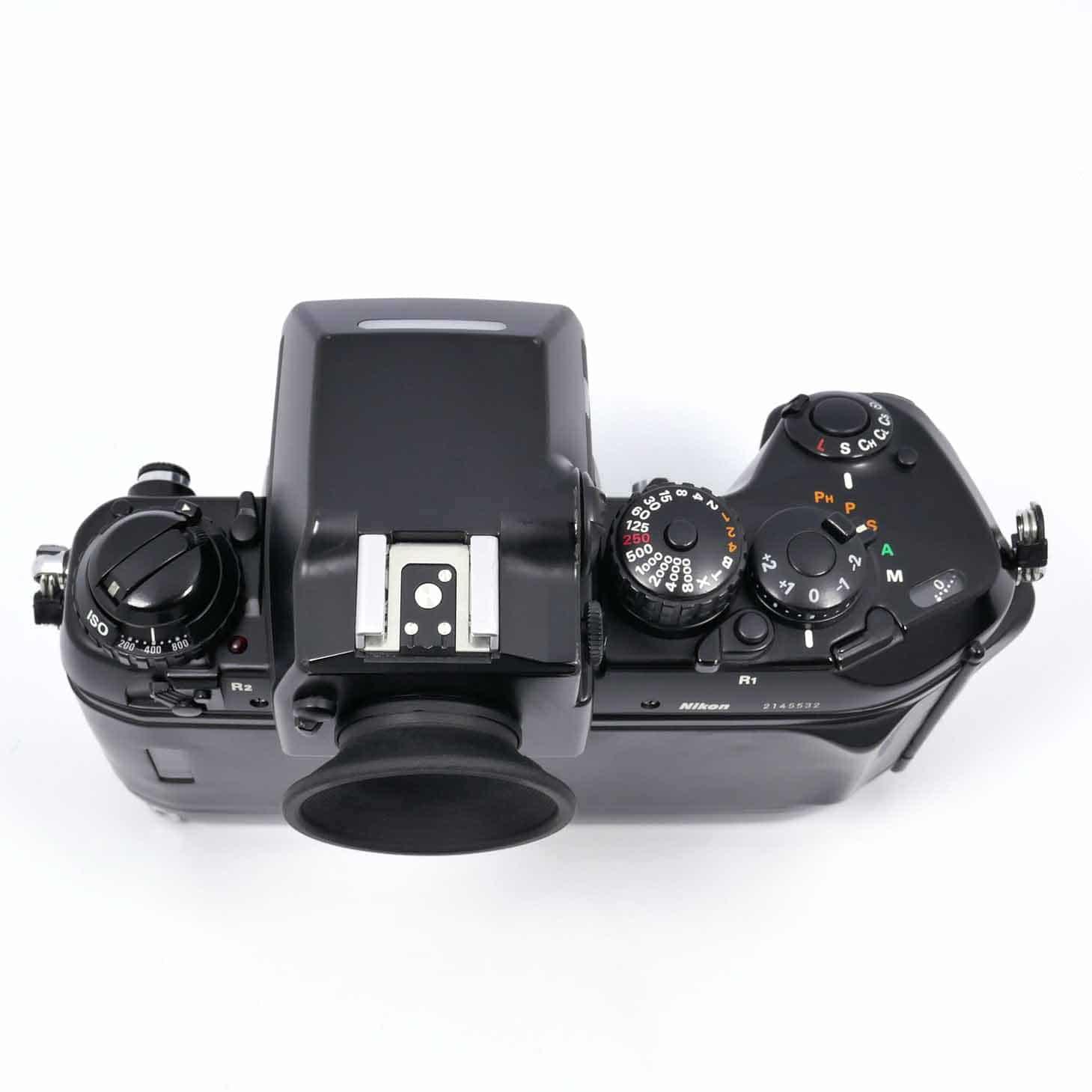 clean-cameras-Nikon-F4-+Nikon--MB-21-01