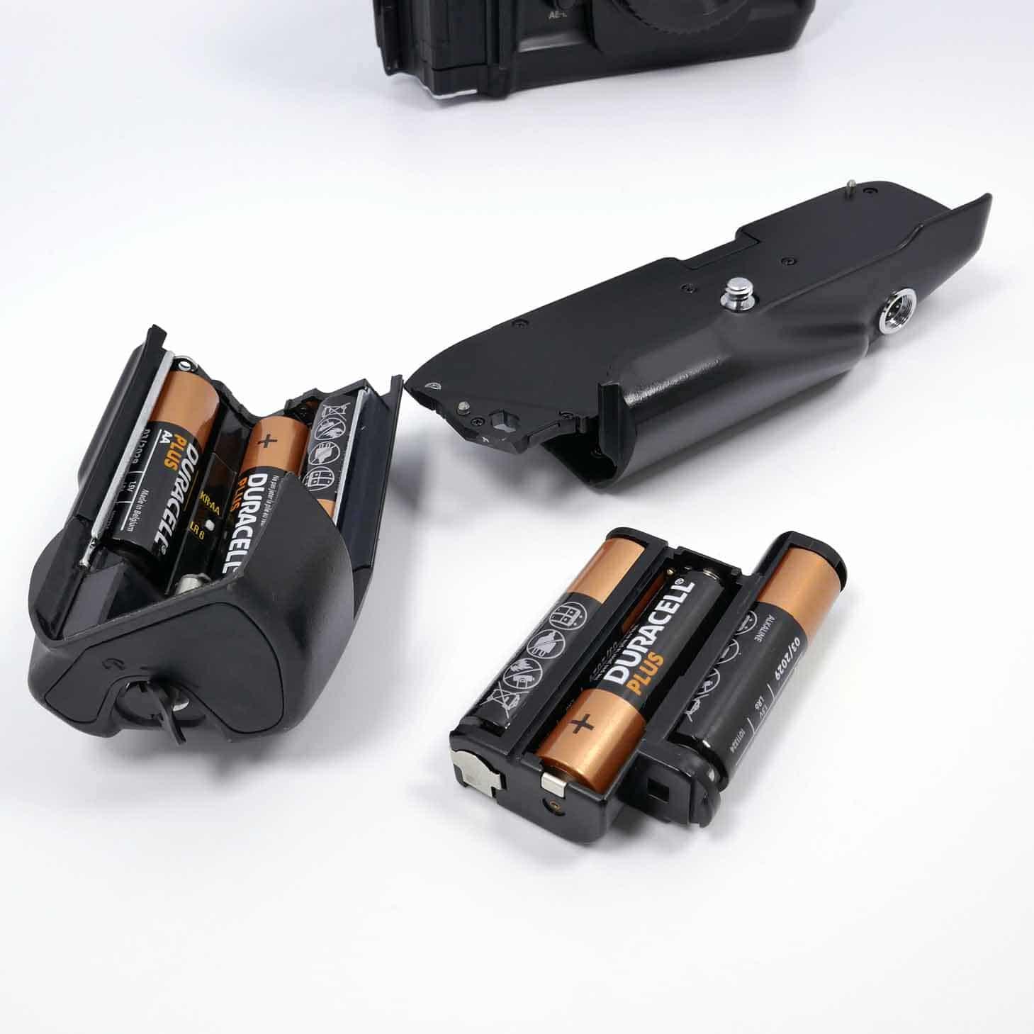 clean-cameras-Nikon-F4-+Nikon--MB-21-05