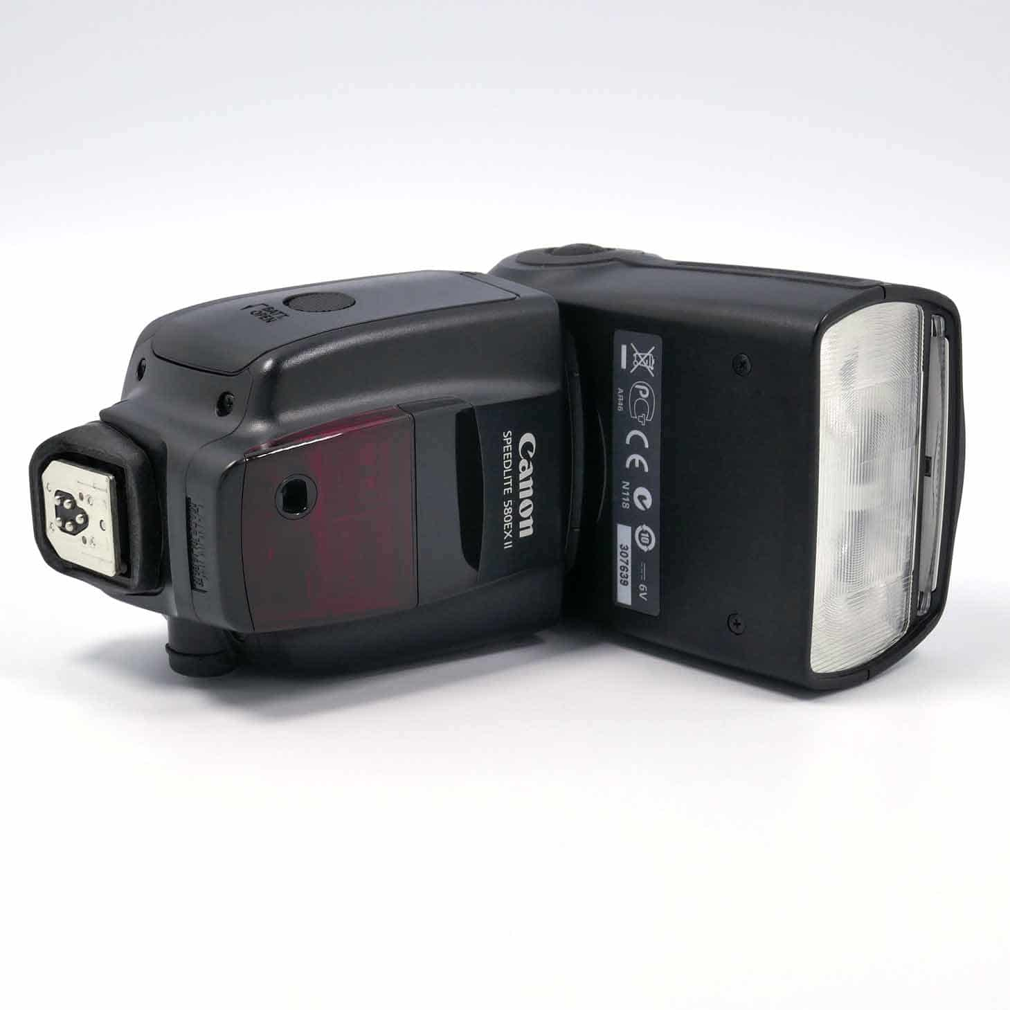 clean-Canon-580-EX-II-04