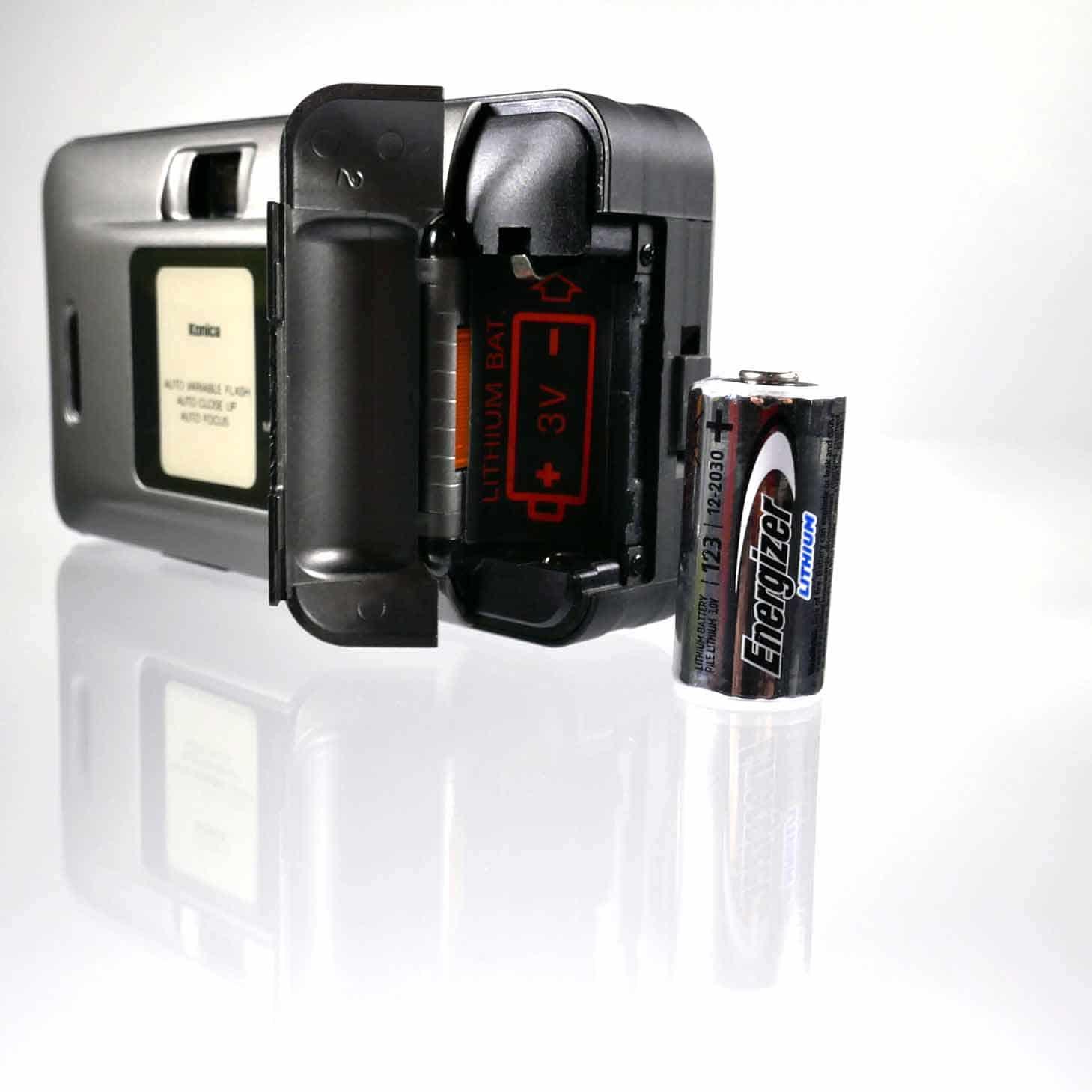 clean-cameras-Konica-Big.mini-01
