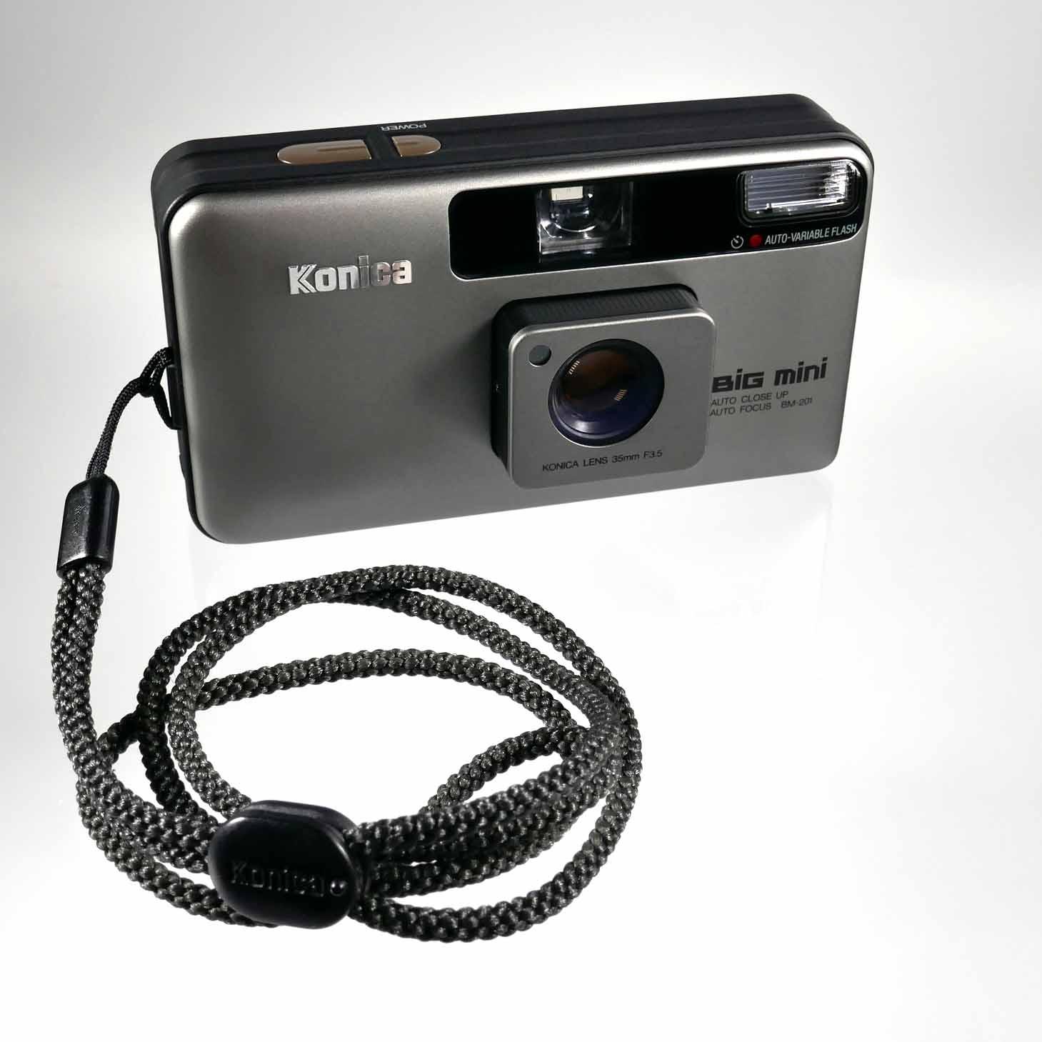 clean-cameras-Konica-Big.mini-06
