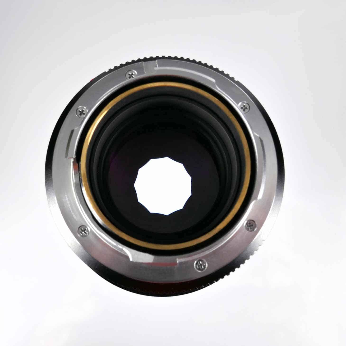 clean-cameras-LEICA-M-Summicron-90mm_2.0-III-04
